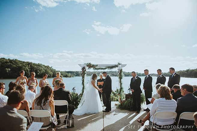 innsbrook weddings - lake stage